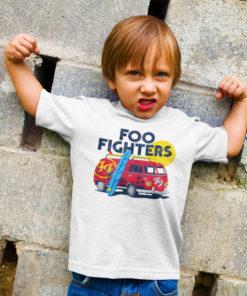 Petit garçon portant un t-shirt Foo Fighters pour enfant
