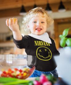 Petite fille portant un T-shirt Nirvana noir à manches longues pour bébé
