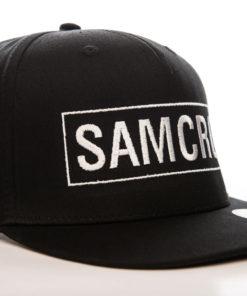Casquette SAMCRO à visière plate (noire et blanche)