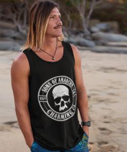 Homme portant un débardeur Sons of Anarchy (SOA) de couleur noire