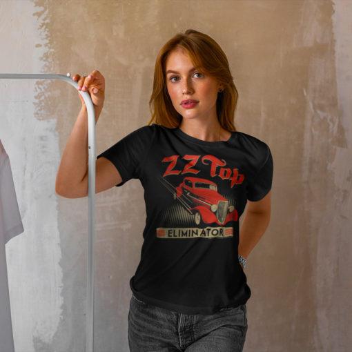 """Femme portant un T-shirt ZZ Top """"Eliminator"""" noir"""