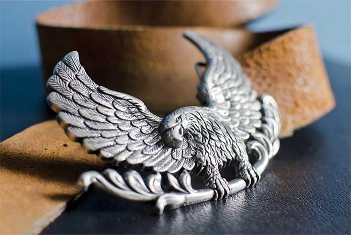 Boucle de ceinture en forme d'aigle