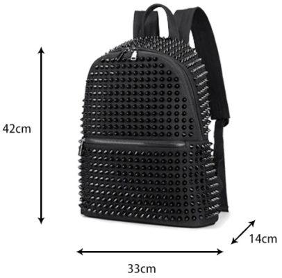 Dimensions du sac à dos noir à clous pour femme