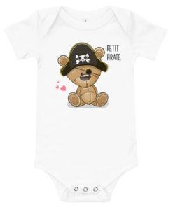 Body bébé avec un petit ourson portant un chapeau de pirate (blanc)