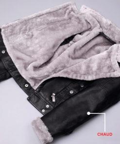 Intérieur de la veste chaude fourrée pour femme en cuir