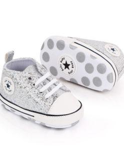 Chaussures argent pour bébé rockeur